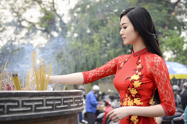Văn khấn giải hạn sao Thái Âm chiếu mệnh